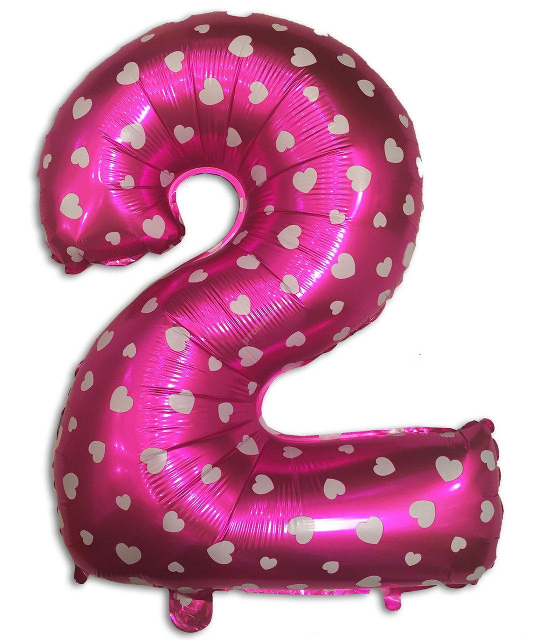 Фольгированная цифра розовая с белым сердечком «два»